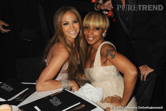 Deux stars du R&B très couture pour l'occasion. Jennifer Lopez avait opté pour un look très sexy de Versace et Mary J Blige pour une robe glitter de Gucci.