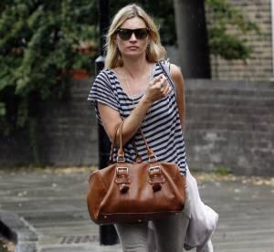 Kate Moss : un look trendy en marinière... A shopper !