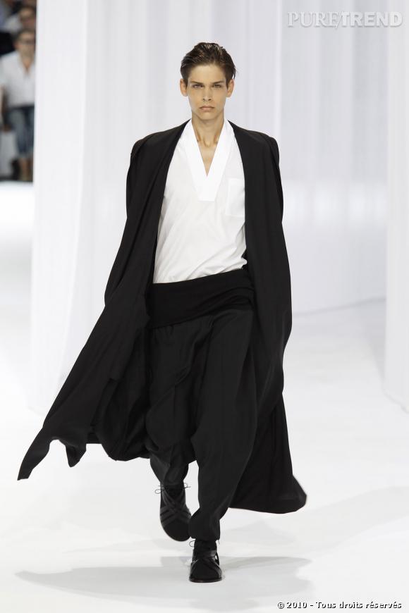 Défilé Dior Homme Printemps-Eté 2011