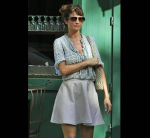 Helena Christensen, son joli look d'été ... A shopper !