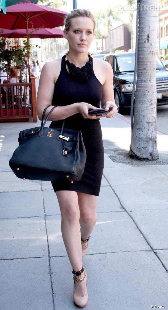 Hilary Duff aime les marques de luxe et le montre.