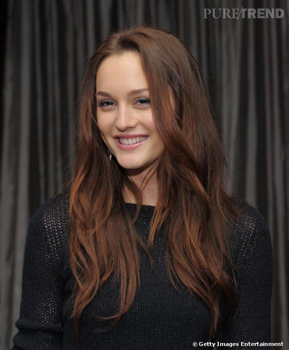Les cheveux un plus auburn que d 39 habitude l 39 actrice est r solument piquante puretrend - Coloration auburn fonce ...