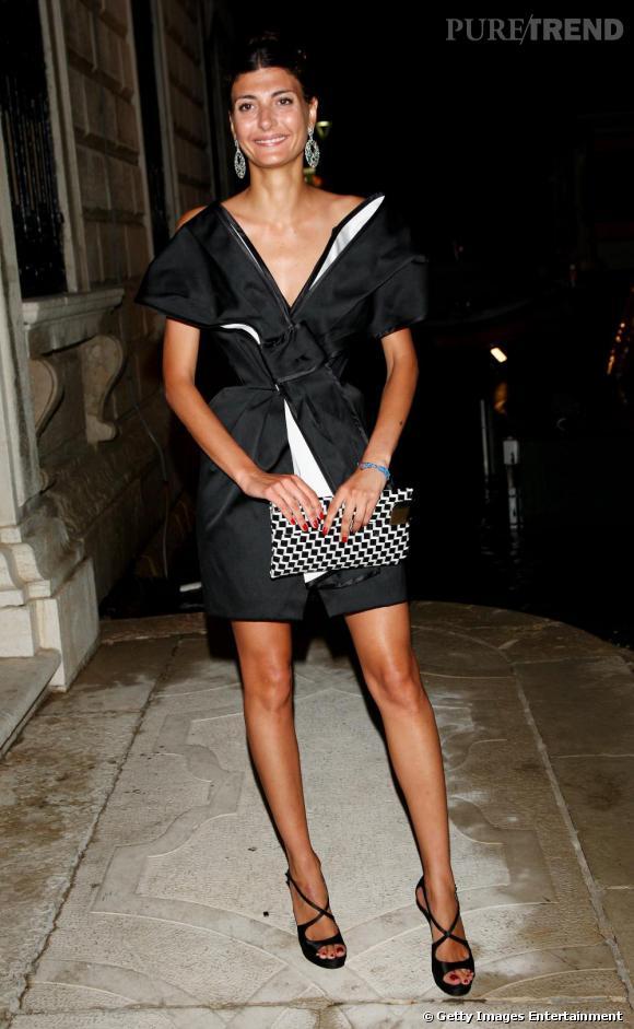 Rédactrice en chef de L' Uomo Vogue , Giovanna Battaglia est également une fashionista accomplie.