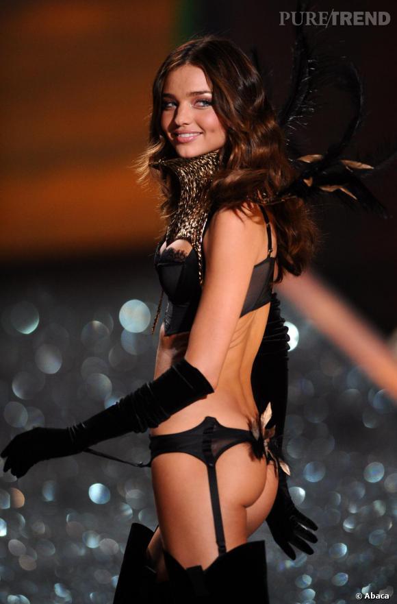 Miranda Kerr sexy avec ses cuissardes.