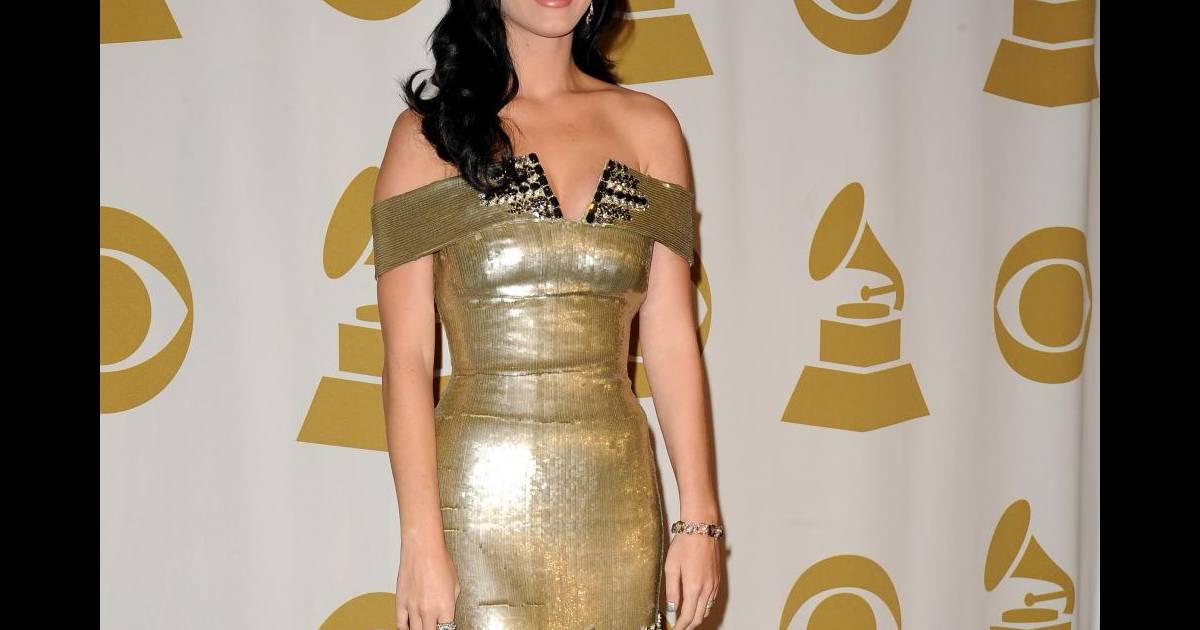 Katy en robe georges chakra for Prix de robe de mariage en or georges chakra