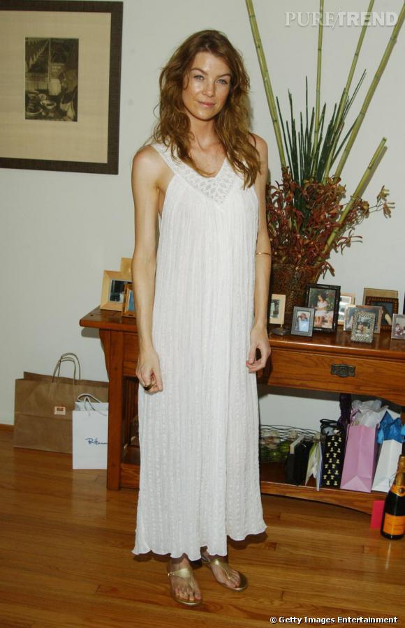 2005 : Fashion faux-pas en robe chemise de nuit.