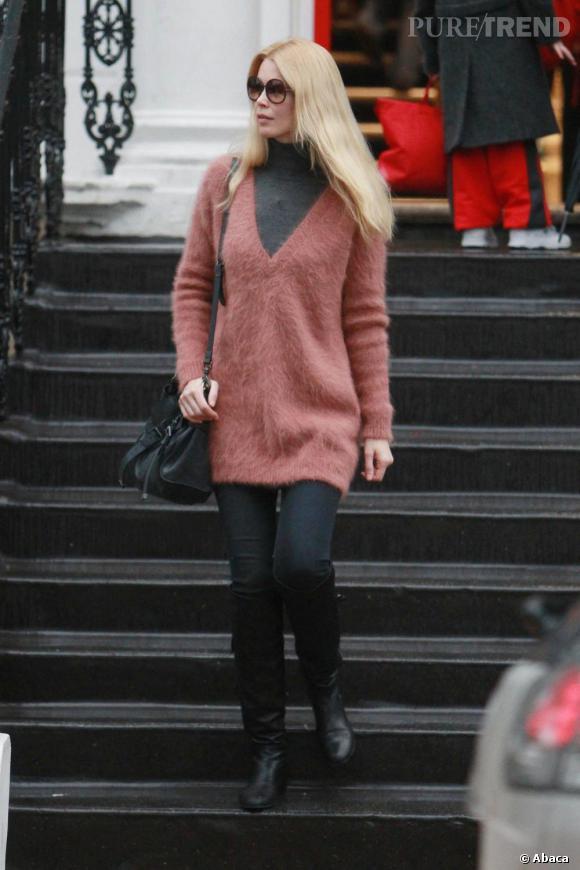 Claudia Schiffer, son look chic et bohème.