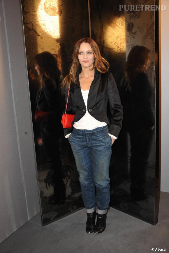 Vanessa Paradis, ose le jean chez Chanel.
