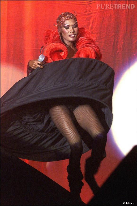L'orginale  : Grace Jones en 2003.