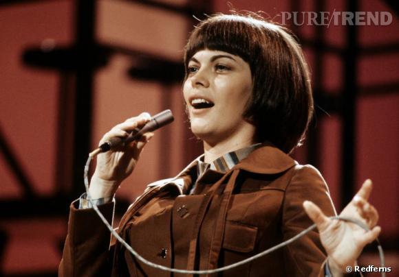 L'originale  : Mireille Mathieu en 1973.