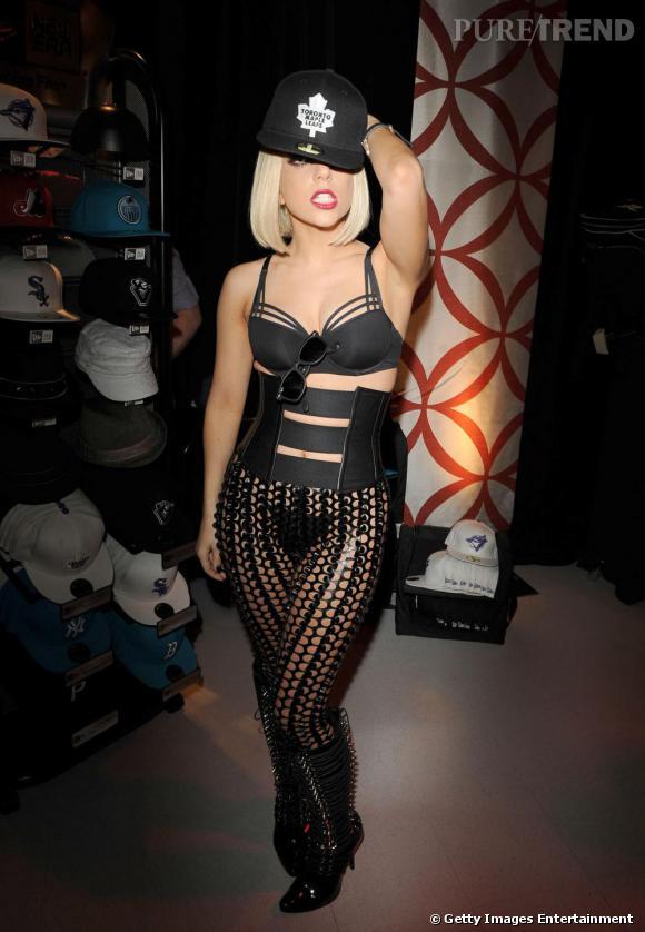 L'originale  : Lady Gaga en 2009.