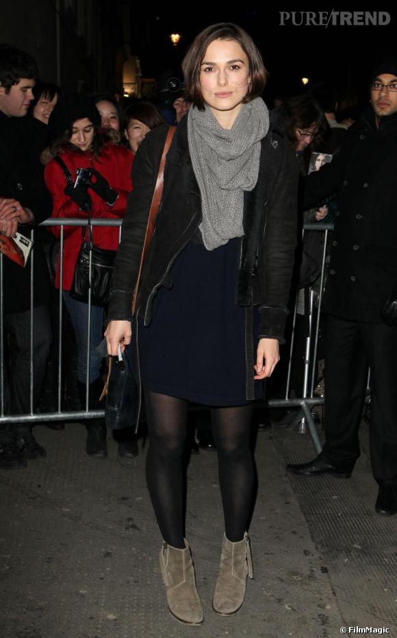 Keira Knightley à la sortie du Comedy Theatre de Londres, où elle est à l'affiche de The Children's Hour.