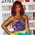Rihanna beauté fleurie.