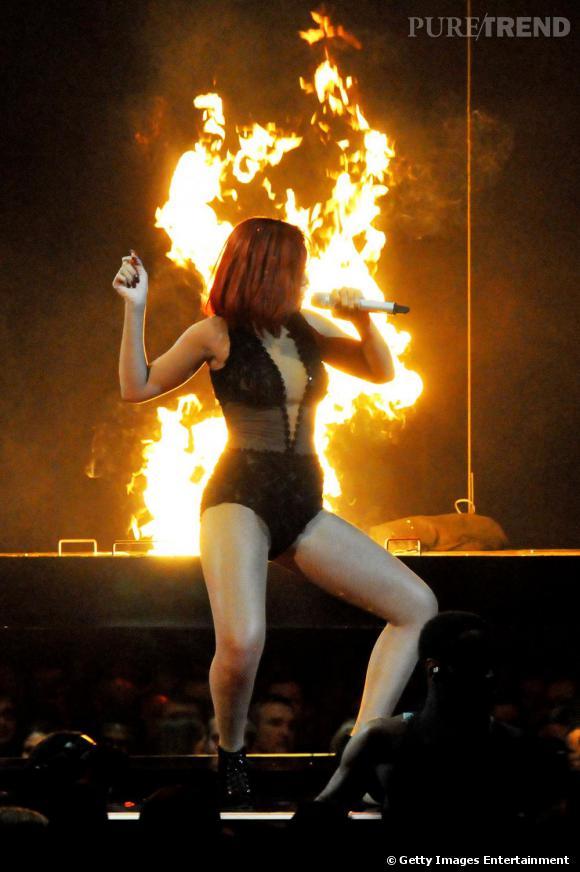 Rihanna toujours aussi incendiaire.