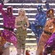 Kylie et les Power Rangers ont l'air de bien s'amuser.