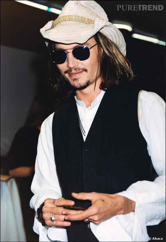 Début des années 2000 le stetson fait place au chapeau de cow boy qui a bien vécu.
