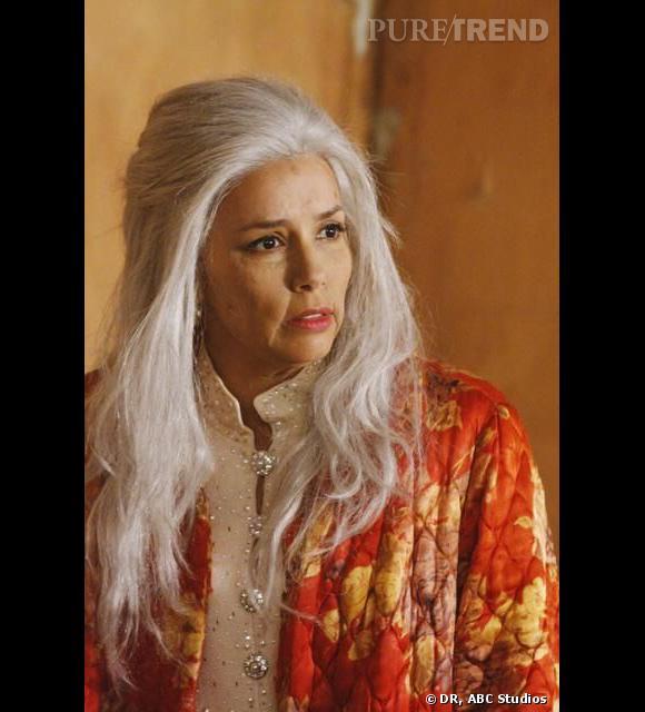 Eva Longoria dans quelques années... Que l'on se rassure, il s'agit seulement d'un costume pour les besoins de la série  Desperate Housewives .
