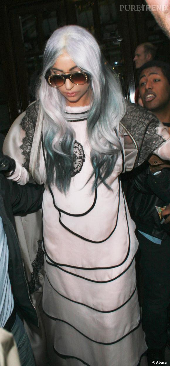 Mamie Gaga a toujours autant de succès en 2030.