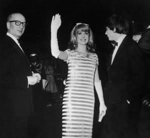 Un vêtement, une star au festival de Cannes : Catherine Deneuve et la robe marin d'Yves Saint Laurent.
