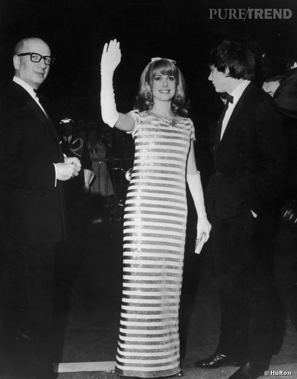 Catherine Deneuve au festival de Cannes en mai 1966.