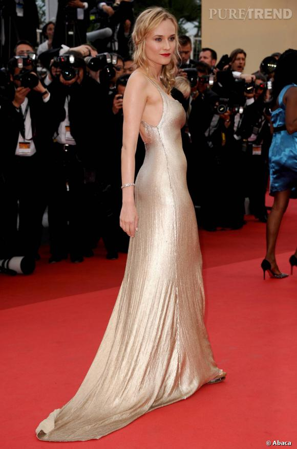 Diane Kruger attire l'oeil dans une longue robe Calvin Klein.