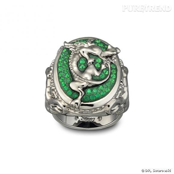 Angelica, bague en plaqué ruthénium, motif dragon en métal orné de cristaux appliqués selon la technique du Pointiage®.