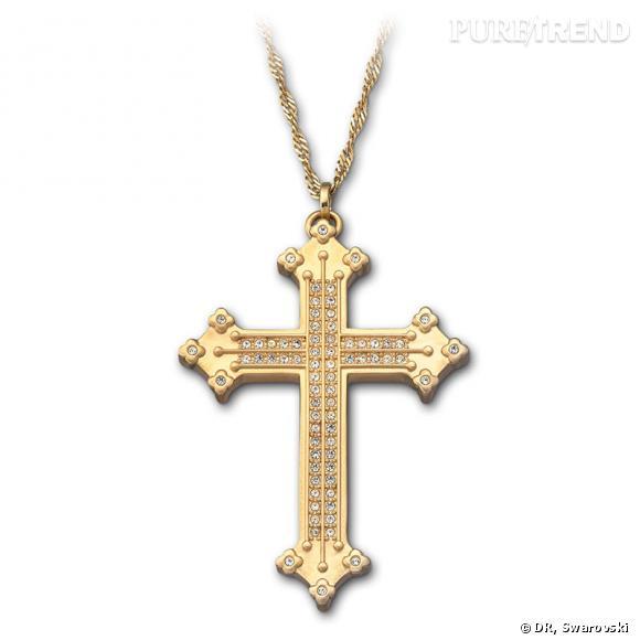 Angelica, pendentif croix en cristal pavé sur chaîne plaquée or, bague assortie.