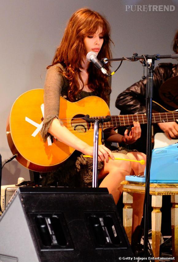 Charlotte Kemp Muhl au défilé Odd Molly automne-hiver 2011/2012.