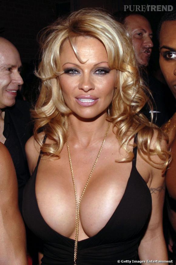 Grande lesbienne seins naturels