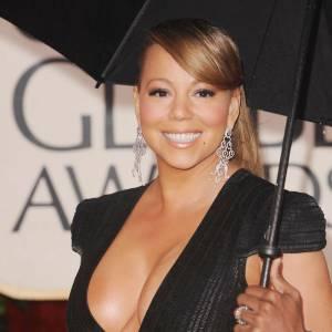 Mariah Carey ne met pas sa poitrine en valeur avec un décolleté aussi échancré.