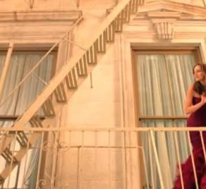Leighton Meester se mue en Juliette moderne pour le nouveau parfum de Vera Wang.