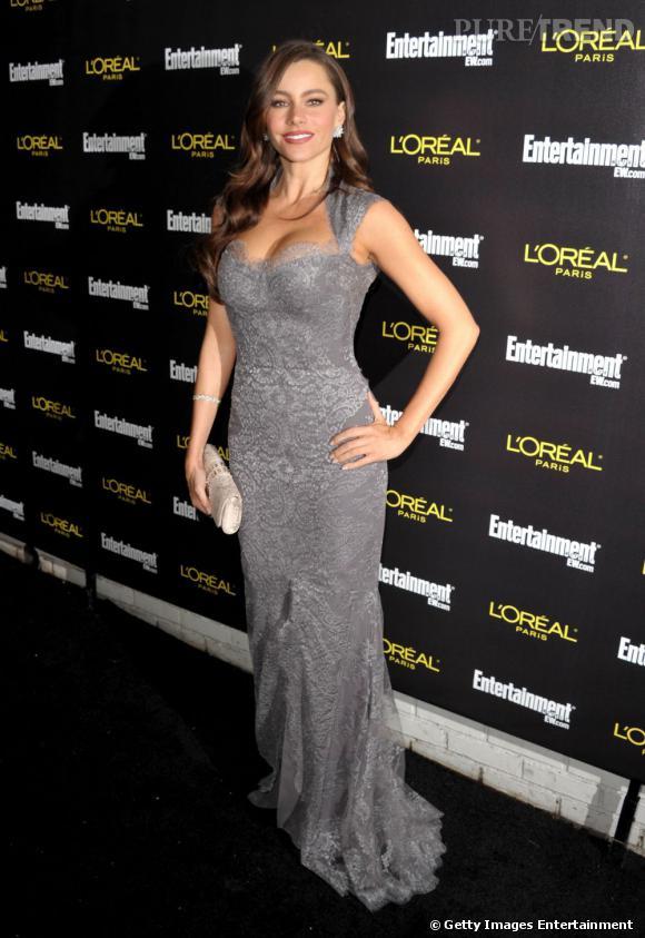Sofia Vergara en robe Monique Lhuillier fait preuve d'une grande audace.