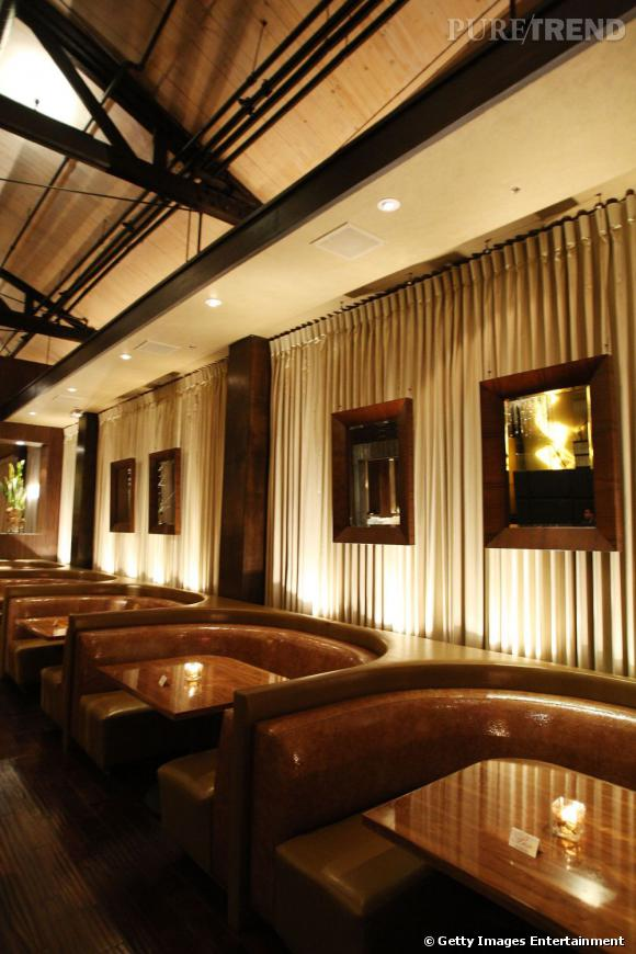 Int rieur chic et classique pour le restaurant d 39 eva longoria qui passe p - Interieur chic et cosy ...