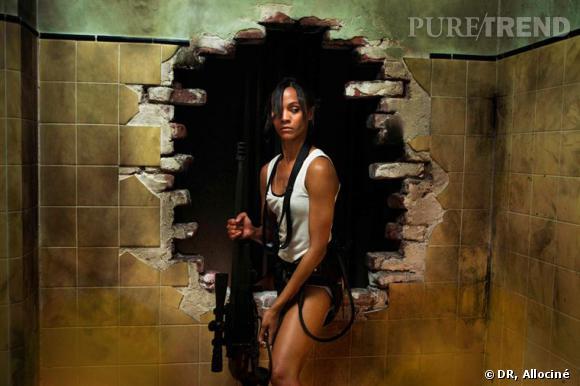 """Zoe Saldana est actuellement à l'affiche de """"Colombiana"""". Depuis ses débuts, l'actrice cumule les rôles dans les films d'action. Une aubaine pour celle qui avoue avoir un penchant de garçon manqué, et qui aime """"mettre la pression aux garçons""""."""