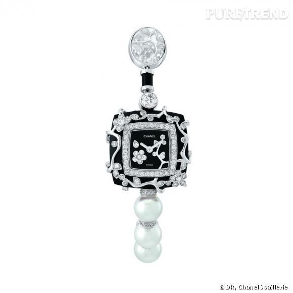 """Montre """" Ombre de Charme """"  en or blanc, serti de diamants, perles, onyx et cristal de roche. Mouvement quartz."""