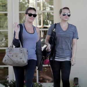 Hilary et Haylie Duff à la sortie d'une salle de sport de Los Angeles.