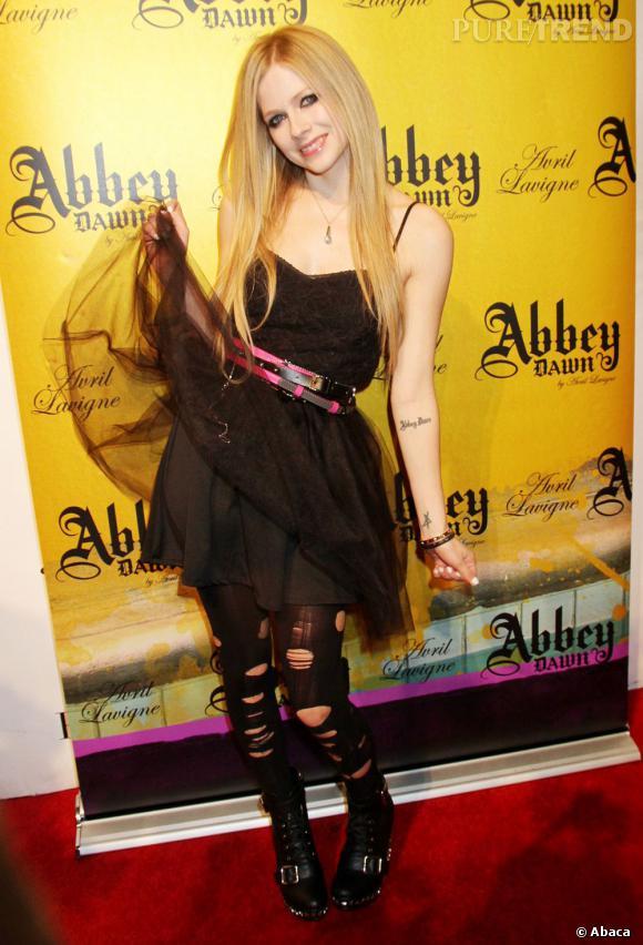 Kikoolololilol ! C'est Avril Lavigne, en direct de Las Vegas pour Abbey Dawn !