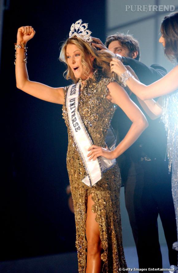 Miss Univers 2004 savoure sa victoire.