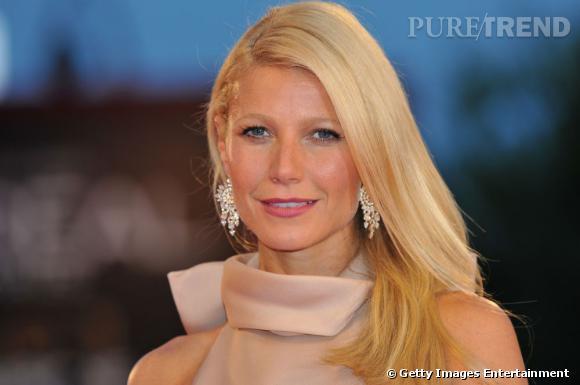 Gwyneth Paltrow était parée par Bulgari. La star portait une paire de boucles d'oreilles Haute Joaillerie en or jaune et diamants ovales, diamants poires et diamant pavé.