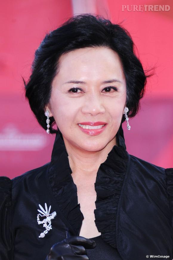 Citaten Annie Yip : L actrice deannie yip était parée par van cleef arpels