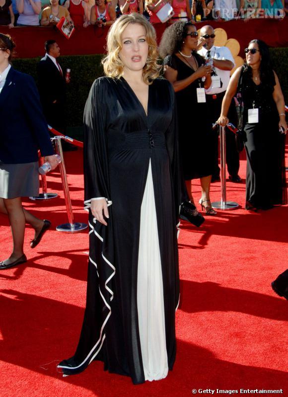 Gillian Anderson et sa robe au delà du réel...