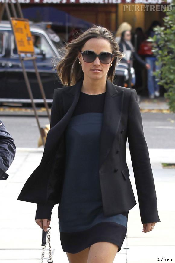 Pippa Middleton dans les rues de Londres.