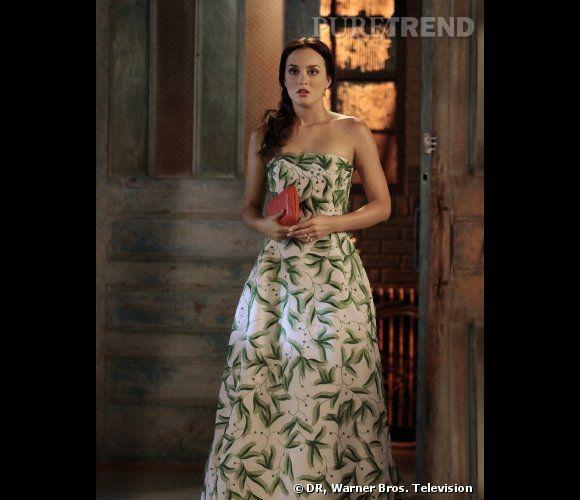 Spécialiste des robes de bal, Blair mise sur des modèles extravageants et certainement pas passe-partout.    Ce qu'on lui pique  : la robe Oscar de la Renta Printemps-Eté 2012.