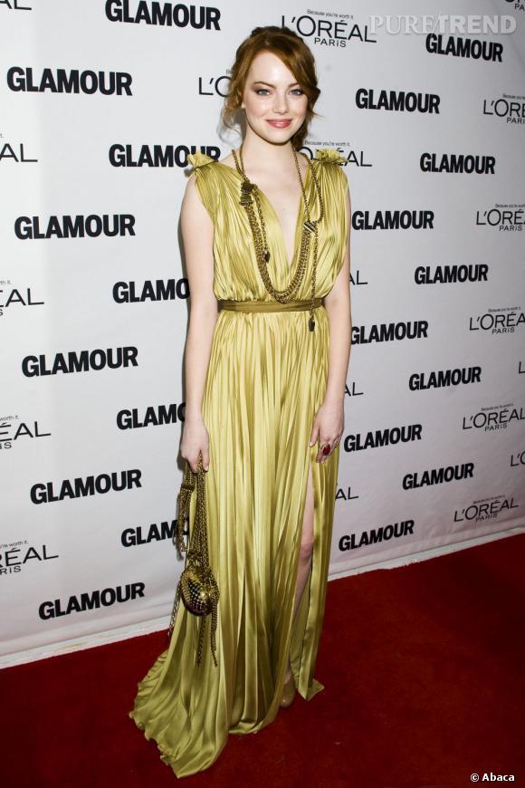 Une robe Lanvin qui se marie à merveille avec la beauté mutine de la jolie Emma Stone.