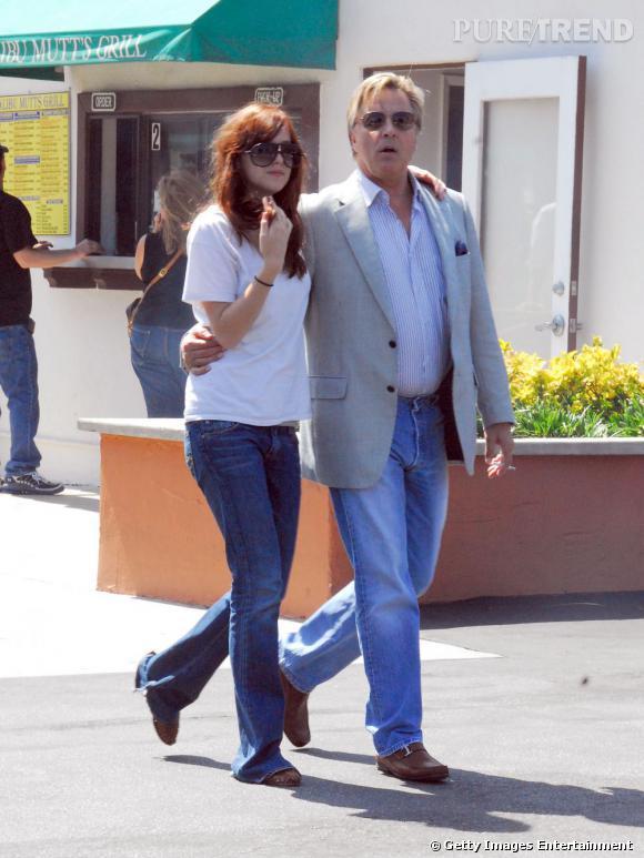 """Mère célèbre, beau-père célèbre (Antonio Banderas) mais aussi père célèbre : Don Johnson est l'icône américaine des années 80-90 avec """"Deux flics à Miami"""" et """"Nash Bridges""""."""