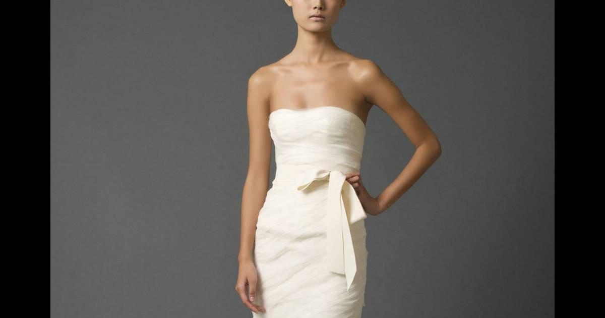 Les plus belles robes de mari e printemps et 2012 vera for Gamme de prix vera wang
