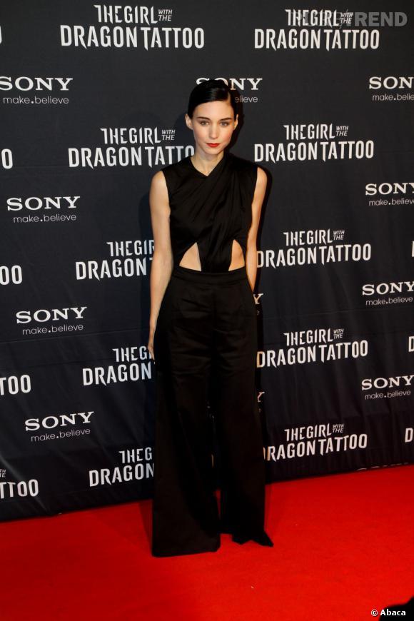 """Rooney Mara lors de la première suédoise de """"The Girl with the dragon tatoo"""" à Stockholm."""