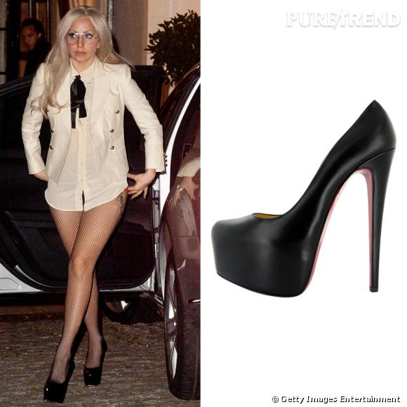 La paire fétiche de Lady Gaga : les Daffodile de Christian Louboutin !