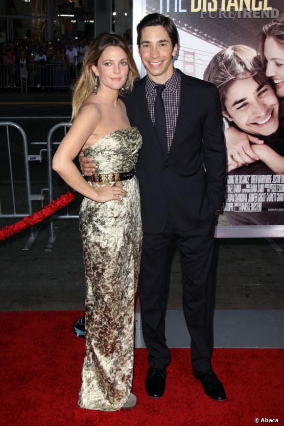 Drew Barrymore et Justin Long : après trois ans de relation, Drew Barrymore se retrouve une nouvelle fois célibataire. Justin Long trouvait que la jeune femme était trop fêtarde...