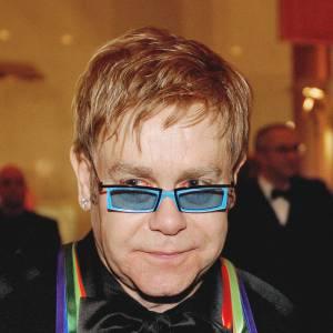 """C'est aux Etats-Unis qu'Elton John reçoit la distinction du """"Kennedy Center Honors""""."""